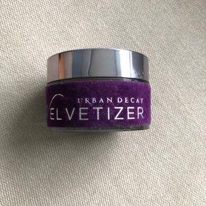 Urban Decay The Velvetizer Powder -Medium Shade